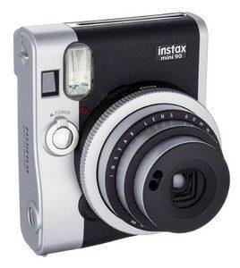 Fujifilm Instax Mini 90 Neo Classic Kamera - Sofortbildkamera silber-schwarz schräg