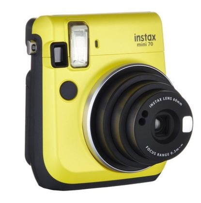 Fujifilm Instax Mini 70 Kamera Front (inkl. Batterien und Trageschlaufe) Sofortbildkamera gelb – Polaroid