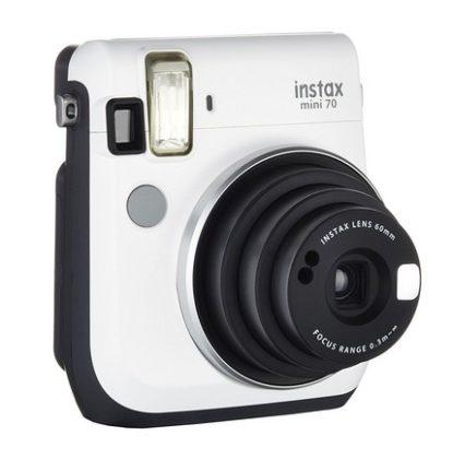Fujifilm Instax Mini 70 Kamera Front (inkl. Batterien und Trageschlaufe) Sofortbildkamera weiß – Polaroid