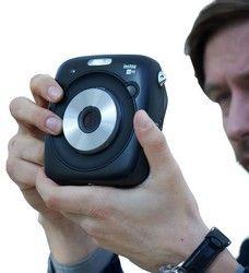 Fujifilm SQ10 Instax Polaroid Kamera getestet